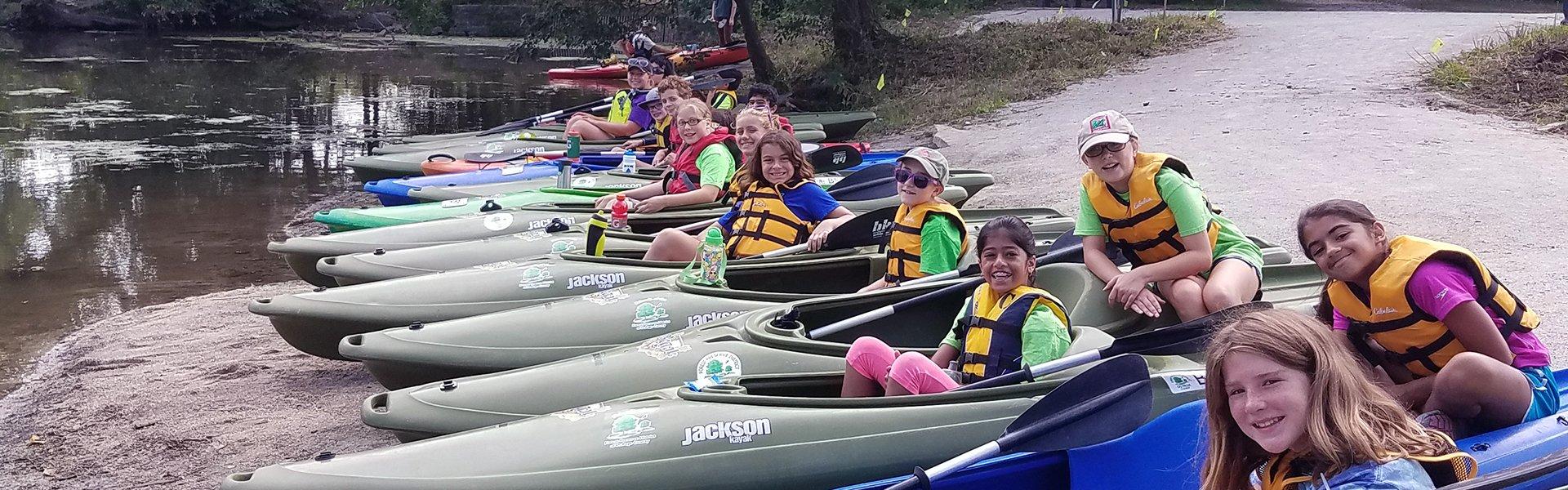 summer-kayaking-camp