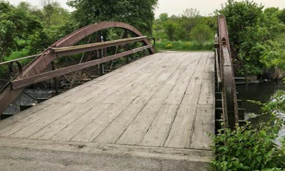 Hidden-Lake-historic-bridge