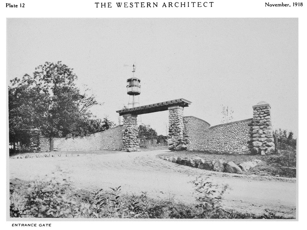 western-architect-entrance-gate
