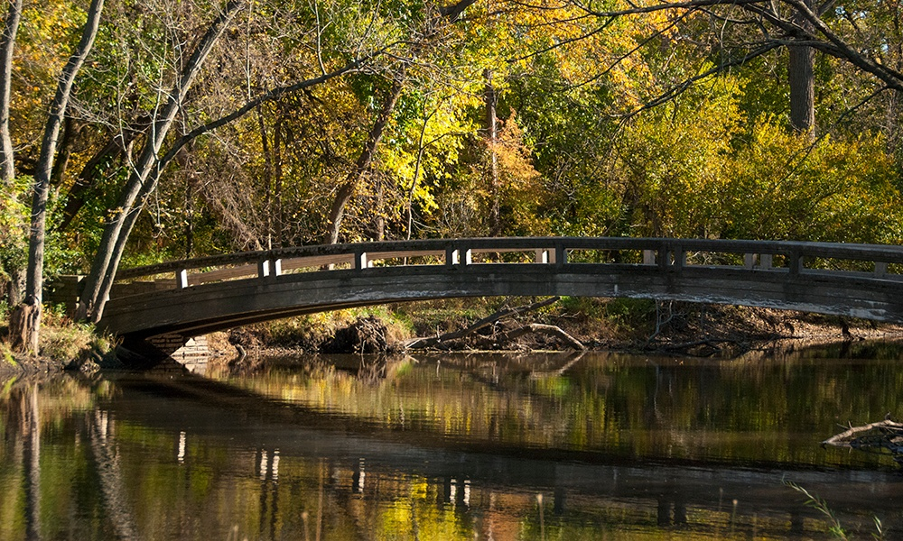 Warrenville-Grove-bridge-1000x600