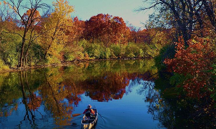 FBW-fall-boat-ride-1000x600.jpg