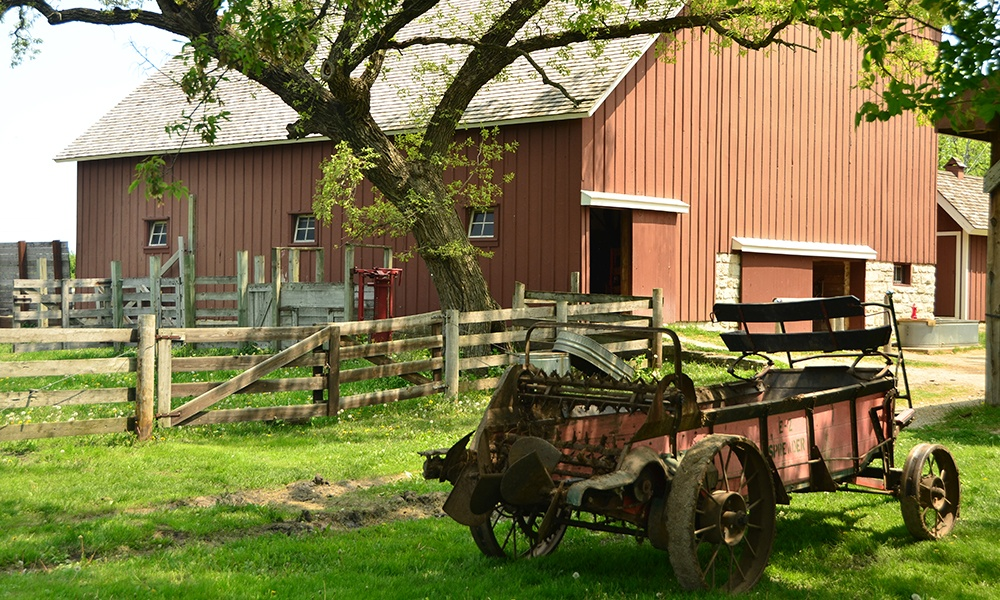 run-in-shed-kline-creek-farm
