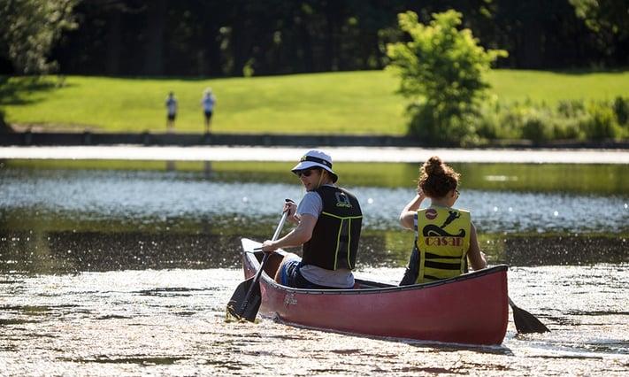 herrick-lake-couple-canoes.jpg