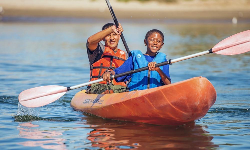 boys-kayak-BoyScoutsofAmerica