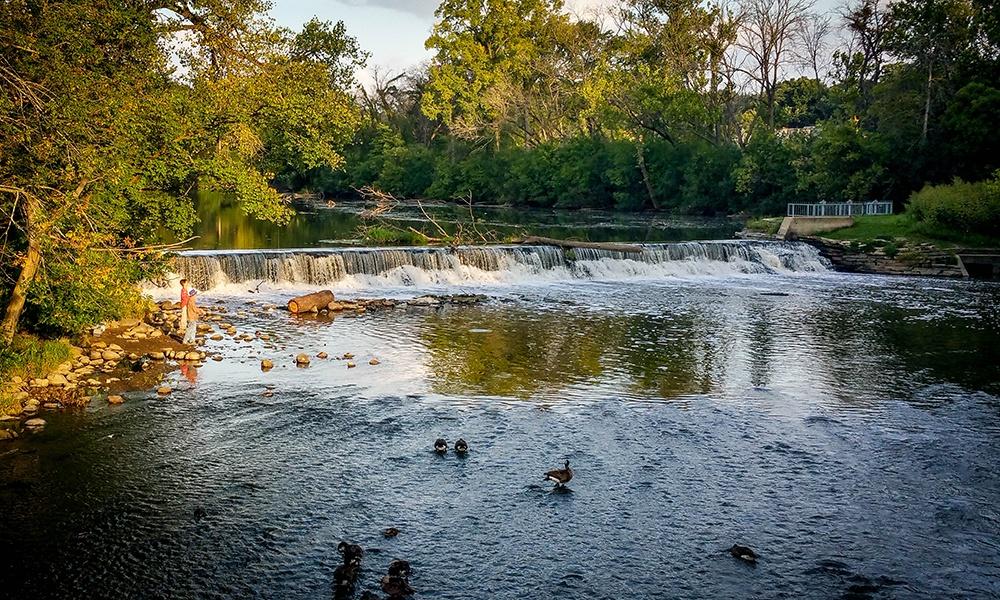 fishing-salt-creek-fullersburg-woods