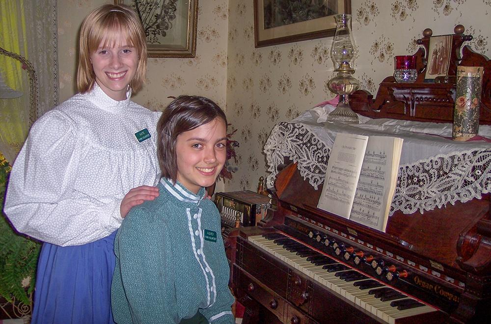 organ-girls-2008