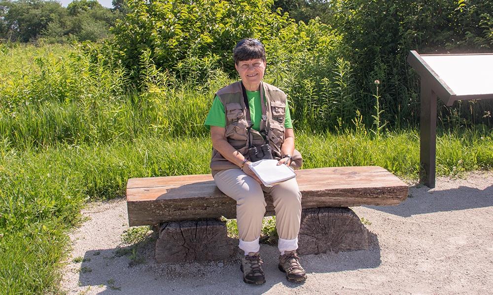 Helen-on-bench