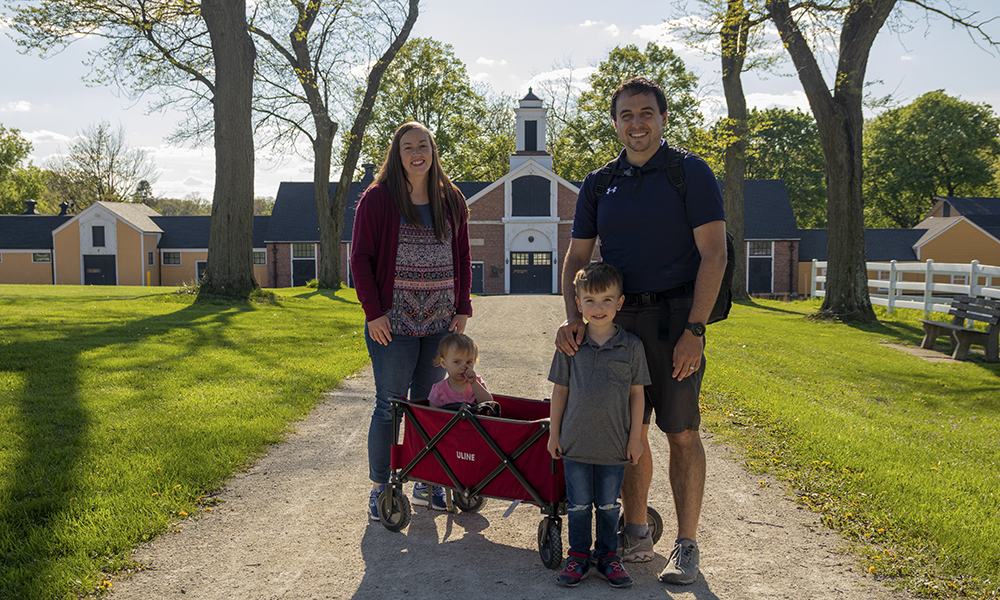 Papineau-family-3-1000x600