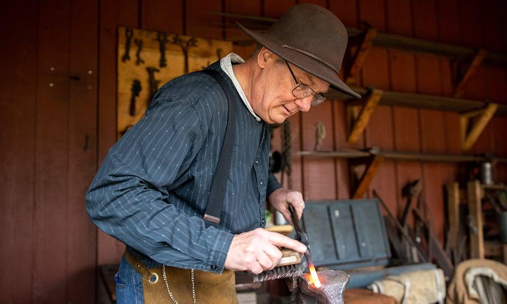 jim-fousek-blacksmithing
