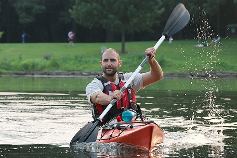 kayaking-basics-paddler