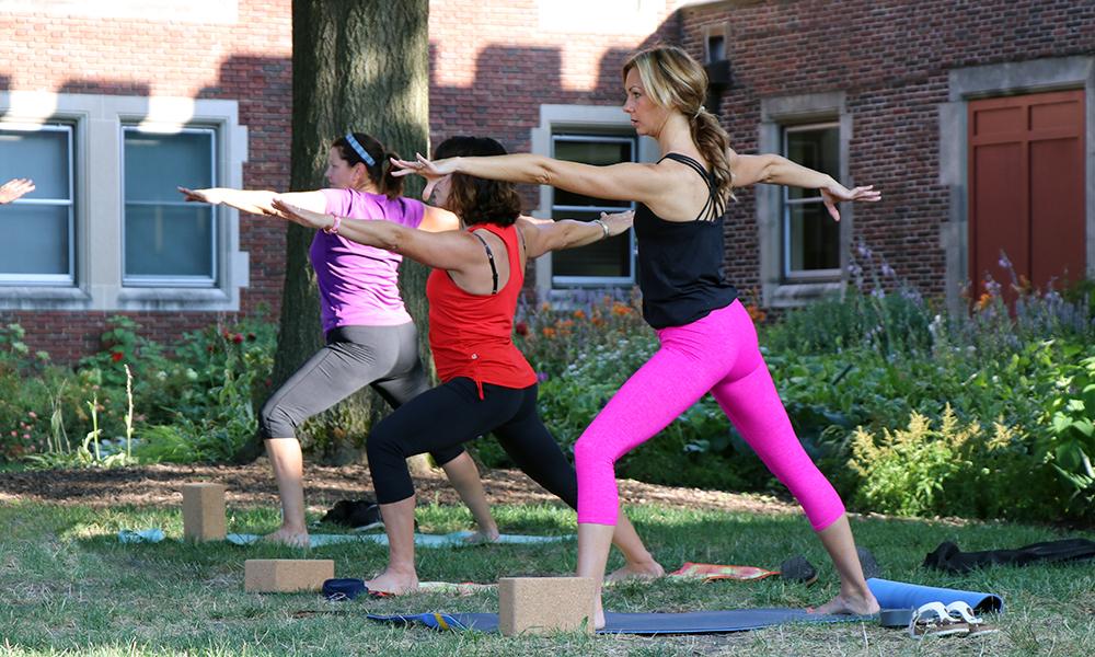 yoga hippie blog
